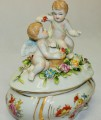 Dóza z porcelánu