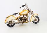 Plechový model žlutého motocyklu BrokInCZ