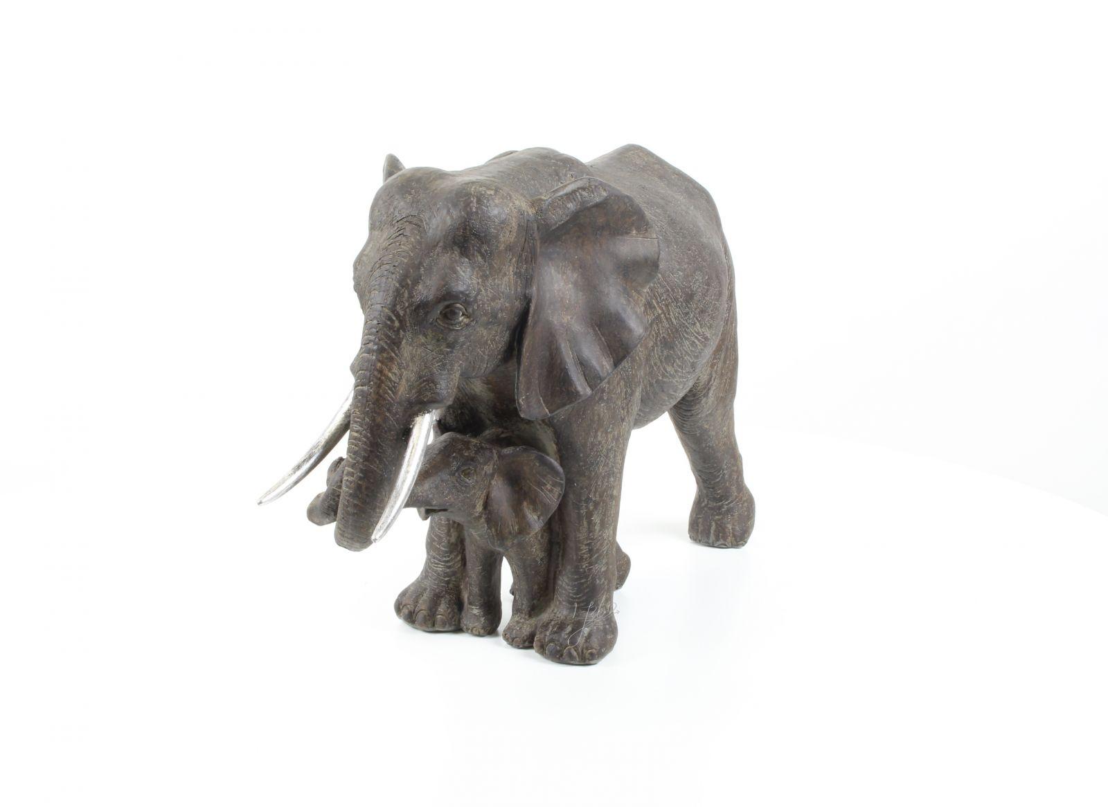 slon a mládě