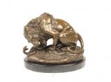 Bronzová socha - LEV A HAD