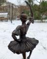 Socha Baletka z bronzu