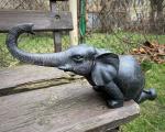 Socha slony z polyresinu