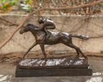 Bronzová soška - Žokej a kůň dostih