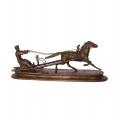 Bronzová socha soška Muž na saních a na koni